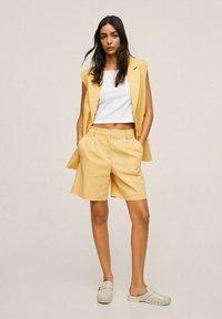 Mango - Shorts - pastel yellow - 1