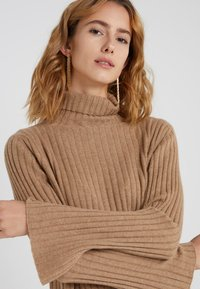 pure cashmere - TURTLENECK - Trui - dark beige - 4