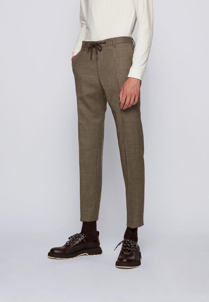 BOSS - BARDON - Pantalon classique - khaki