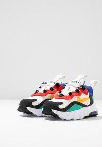 Nike Sportswear - AIR MAX 270 RT - Trainers - phantom/university gold/kinetic green/university red - 3