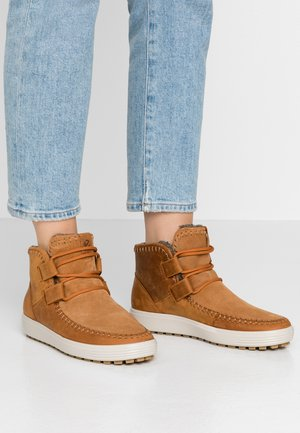 SOFT TRED  - Ankle boots - amber