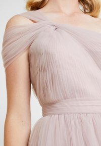 TH&TH - LUNA - Occasion wear - smoked orchid - 6