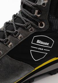 Blauer - AKRON - Lace-up ankle boots - black - 5