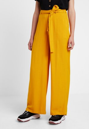 KAIDA PANTS - Trousers - old gold