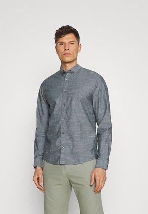 REGULAR SMART SLUB - Shirt - dark navy chambray