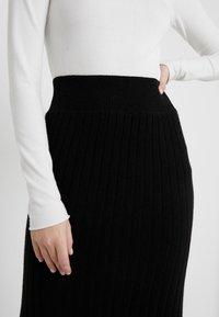 pure cashmere - SKIRT - Jupe crayon - black - 4