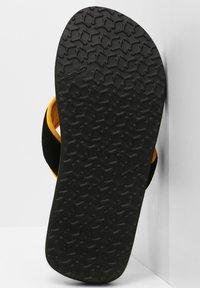 O'Neill - Pool shoes - asphalt - 4