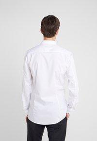 HUGO - ELISHA SLIM FIT - Kostymskjorta - white - 2