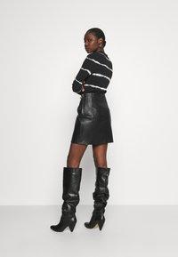 DAY Birger et Mikkelsen - TAKE CARE - Leather skirt - black - 2
