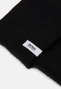 BOSS Kidswear - PULL ON HAT UNISEX - Beanie - black - 2