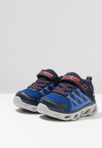 Skechers - HYPNO-FLASH 3.0 - Sneaker low - navy/red - 2