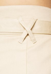 Missguided - PAPERBAG WAIST BELTED TROUSERS - Trousers - beige - 3