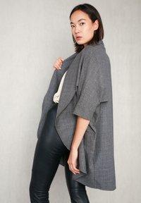 jeeij - Summer jacket - grey meliert - 4