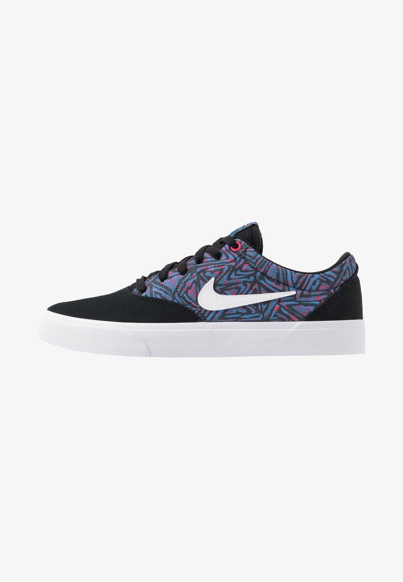 Nike SB - CHARGE SLR - Sneakers laag - black/white/laser blue/watermelon