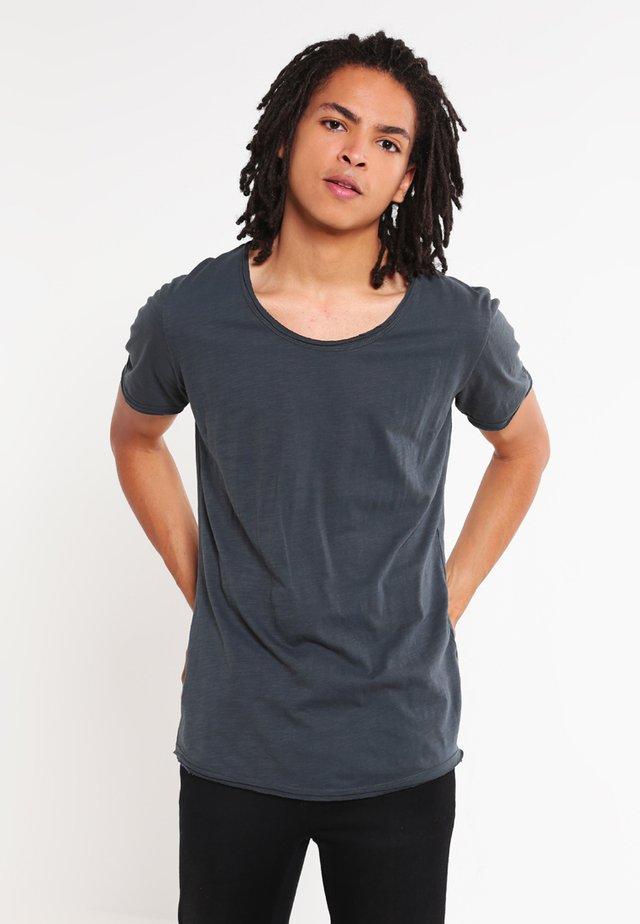 T-shirt basic - bottel green