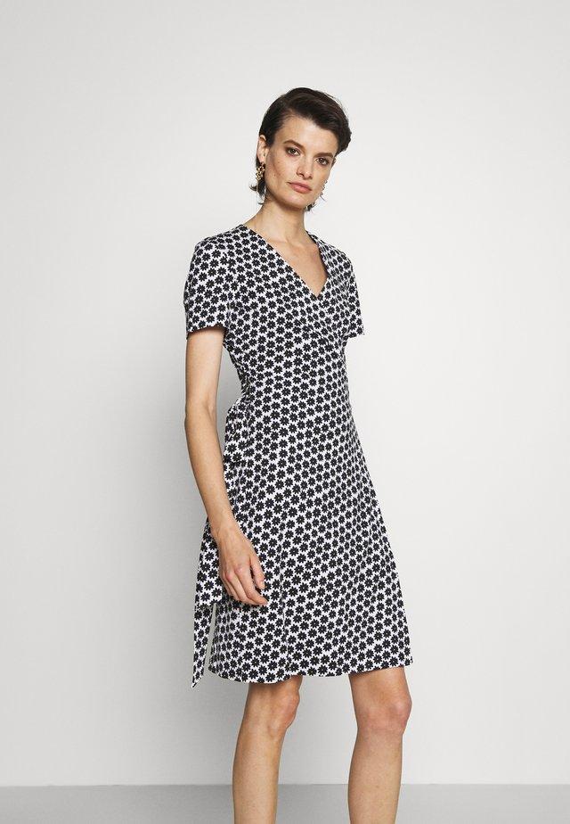 NEW JULIAN - Sukienka letnia - black