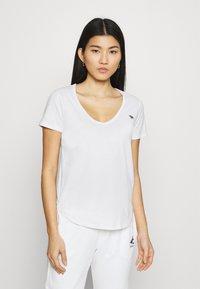 Abercrombie & Fitch - VNECK 3 PACK - T-shirt basic - light blue/white/dark pink - 4