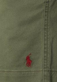 Polo Ralph Lauren - CFPREPSTERS FLAT - Shorts - mountain green - 5