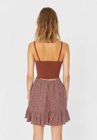 Stradivarius - RUSTIKALER - Mini skirts  - light brown - 2
