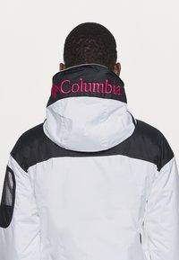 Columbia - CHALLENGER - Winter jacket - white/black - 6