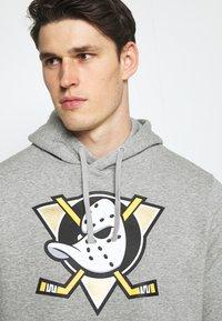 Fanatics - NHL ANAHEIM DUCKS MID ESSENTIALSSECONDARY COLOUR LOGO GRAPHIC  - Sweatshirt - sports grey - 3