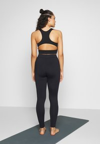 Curare Yogawear - LONG PANTS POCKETS - Legging - midnight blue - 2