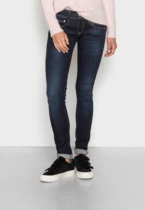 GILA SLIM REUSED - Slim fit jeans - dull