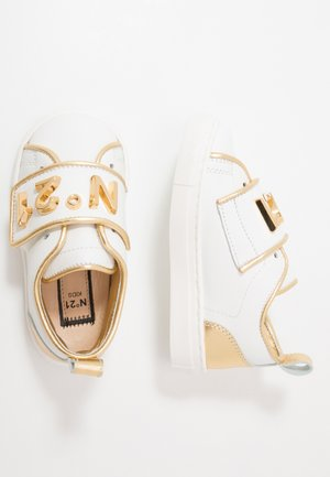Sneakers - white/gold