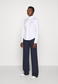 Vivienne Westwood - NEW KRALL - Košile - white - 1