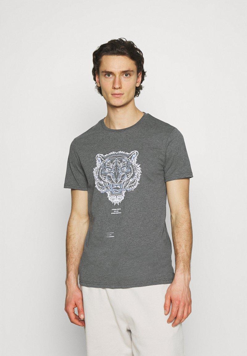 CLOSURE London - RIVAL TEE - T-shirt imprimé - anthrazit