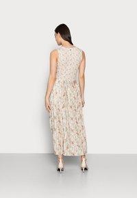 Rich & Royal - DRESS PRINTED - Maxikjole - white stone - 2