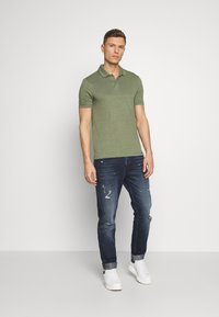OLYMP - OLYMP LEVEL 5 - Polo shirt - graugrün - 1