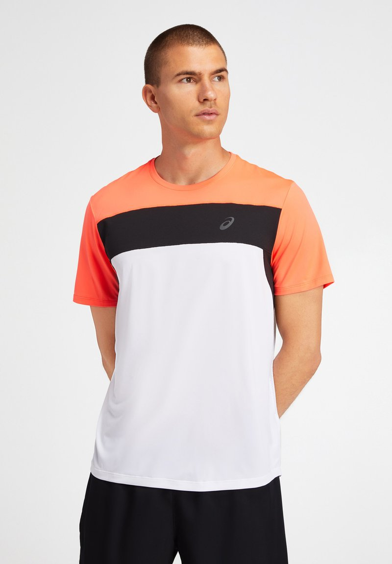 ASICS - T-shirt print - brilliant white/flash coral