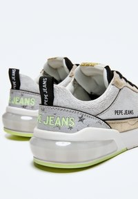 Pepe Jeans - Trainers - light grey - 4