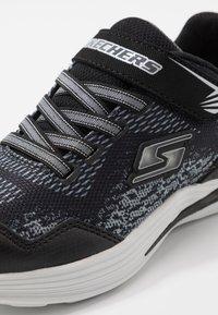 Skechers - ERUPTERS III - Tenisky - black/silver - 5