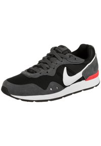 Nike Sportswear - VENTURE - Trainers - black/iron grey/flash crimson - 2