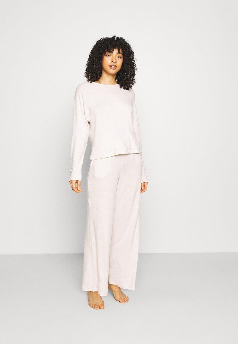 Anna Field - SET - Pyjamas - offwhite