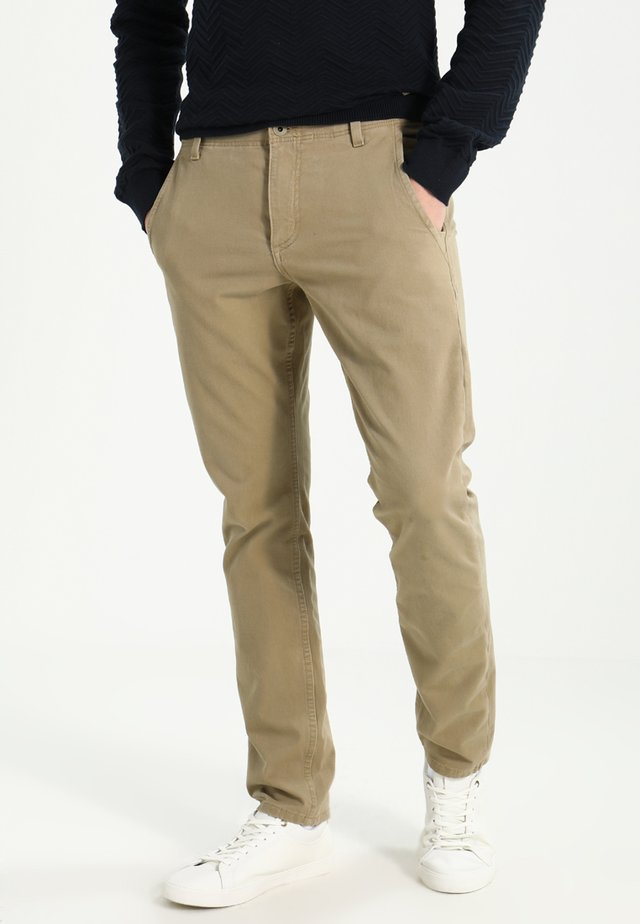 SMART 360 FLEX ALPHA SKINNY - Pantalones chinos - new british khaki