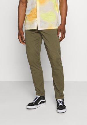 MICK PANTS - Trousers - dark olive