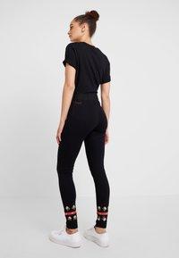Desigual - PANT AMANDA - Leggings - black - 2