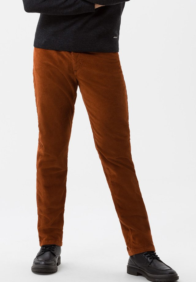 COOPER FANCY - Trousers - brown