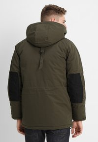 Carhartt WIP - TRAPPER - Winter coat - green - 3