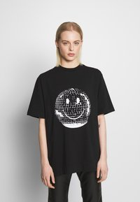 House of Holland - SMILE OVERSIZED - Print T-shirt - black - 0