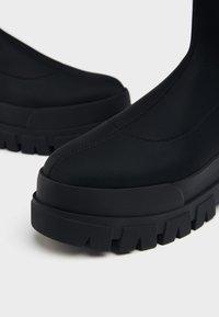 Bershka - Platform ankle boots - black - 5