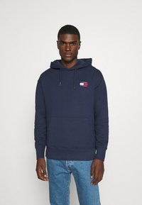 Tommy Jeans - BADGE HOODIE - Hoodie - twilight navy - 0