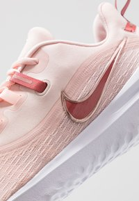 Nike Performance - RENEW RIVAL 2 - Juoksukenkä/neutraalit - echo pink/light redwood/metallic red bronze/white - 5