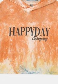 Blue Effect - GIRLS HAPPYDAY BOXY HOODIE - Mikina skapucí - mottled orange/black - 2