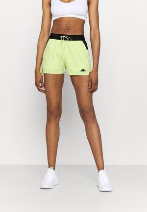 OLINA SHORT - Sportovní kraťasy - light green