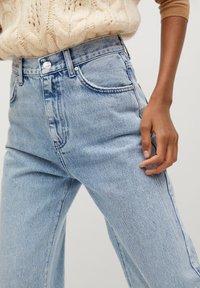 Mango - URBAN - Straight leg jeans - mittelblau - 5