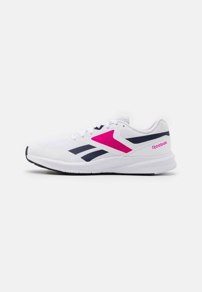 Reebok - RUNNER 4.0 - Neutrální běžecké boty - white/vector navy/proud pink